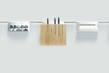 relingsysteme und nischenausstattung kuechen boehm. Black Bedroom Furniture Sets. Home Design Ideas